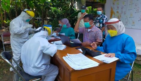 Pemkab Tangerang Lockdown RW 28 Bonang, 108 Warganya yang Positif COVID-19