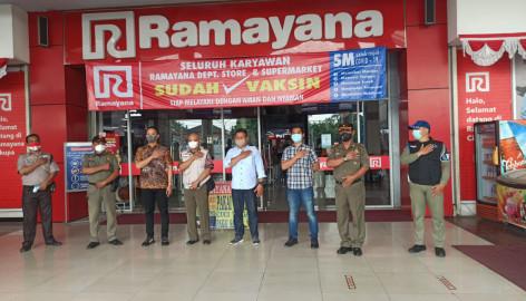 Pengawasan Penerapan Protokol Kesehatan Covid-19 di pusat perbelanjaan/mall  di wilayah Kabupaten Tangerang