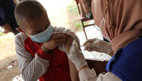 Sebanyak 40 Odgj Di Yayasan Hikmah Syahadah Menjadi Sararan Vaksinasi